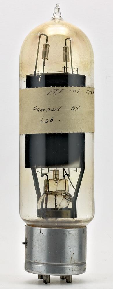 http://lampes-et-tubes.info/sp/sp067a.jpg